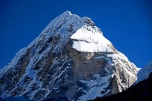 th_Rolwaling 07 04 Tengi Ragi Tau From Drolambau Glacier-3